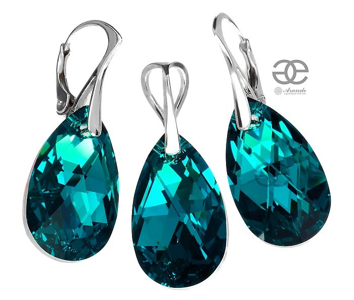 Original Crystal Pear Drops In Beautiful Opalescent Blue Zircon Comet Color Great Shining Mix Of And Green Colors Unforgettable Jewellery For Any